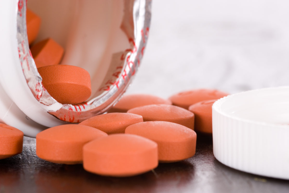 can you take ibuprofen with oral steroids